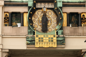 https://de.123rf.com/photo_127980392_anchor-clock-detail-vienna-austria.html?downloaded=1